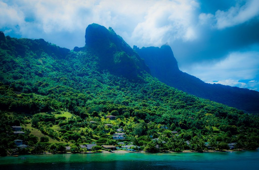 moorea-french-polynesia-tropical