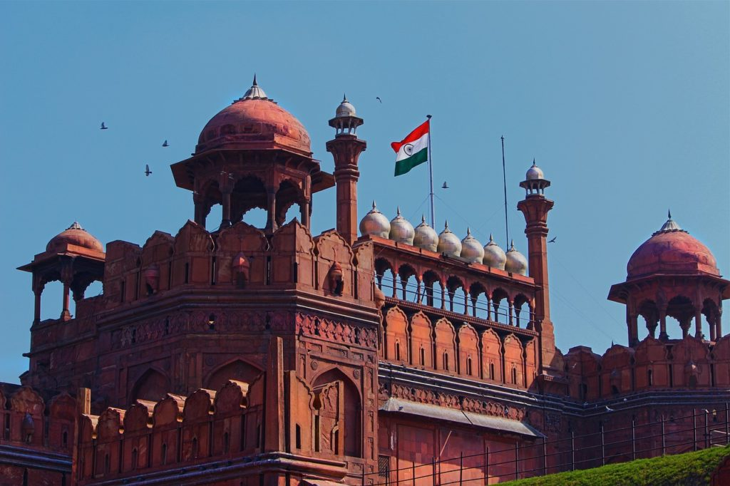 Guide-red-fort-delhi-india-travel