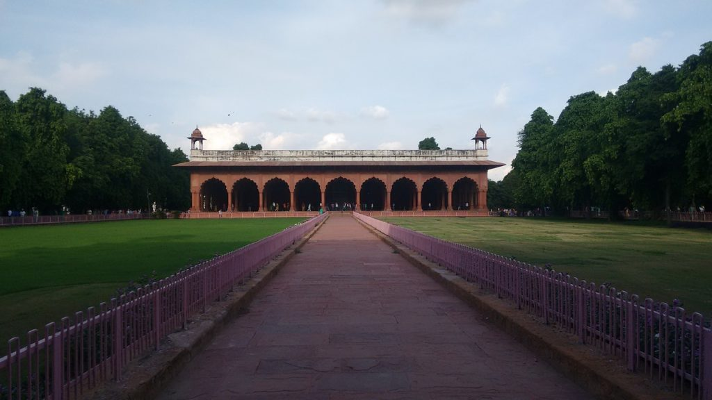 red-fort-diwan-i-aam-monuments